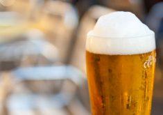 چرا در حین دوش گرفتن باید نوشیدنی بنوشیم؟