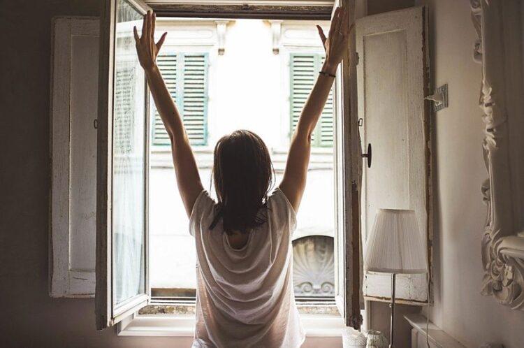 روش 20 دقیقهای اول صبح برای کاهش نگرانی
