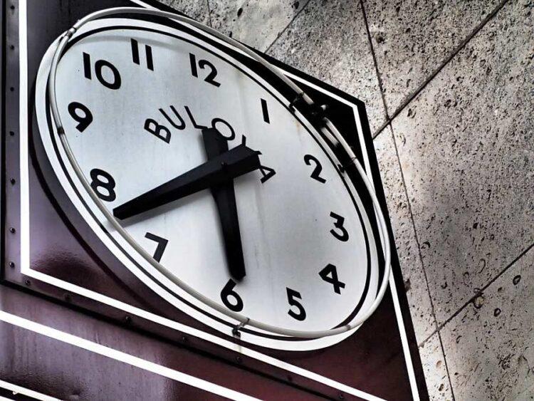 استفاده از فرصت های کوتاه: 5 کار که میتوانید در 5 دقیقه اضافی انجام دهید