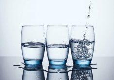 13 راه جالب برای افزایش نوشیدن آب