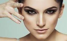 آیا میکروکورنت صورت در لیفتینگ پوست صورت مؤثر است؟