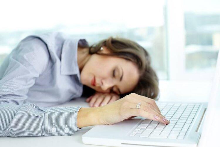 همهچیز درباره خستگی و راههای از بین بردن آن