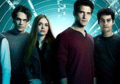 """اگر سریال """"تین ولف"""" (Teen Wolf) را دوست دارید این 15 سریال را تماشا کنید"""