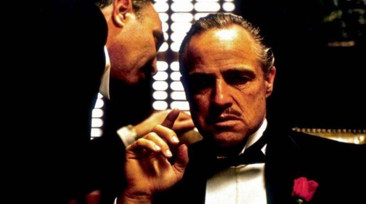"""معرفی 12 فیلم جذاب و دیدنی شبیه """"پدرخوانده"""" (The Godfather)"""