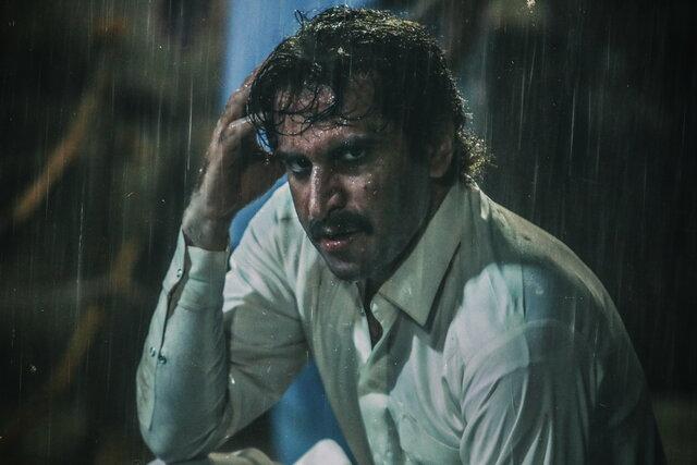 گزارش فروش هفتگی سینمای ایران: فیلم شبی که ماه کامل شد همچنان در صدر جدول قرار دارد