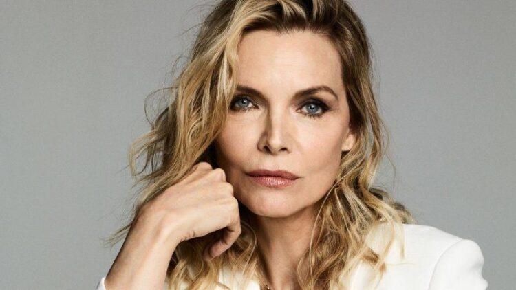 بیوگرافی کامل میشل فایفر (Michelle Pfeiffer) از کودکی تا به امروز
