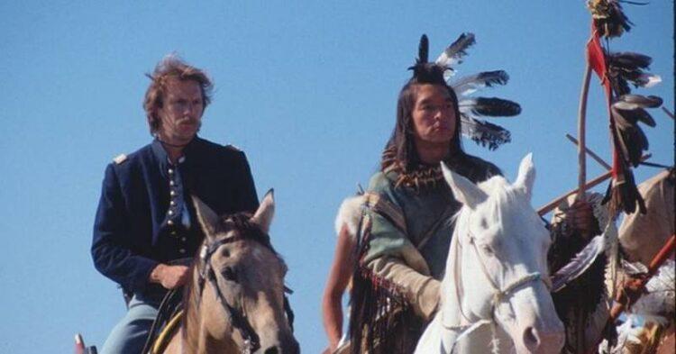 10 فیلم جذاب و دیدنی درباره بومیان آمریکایی
