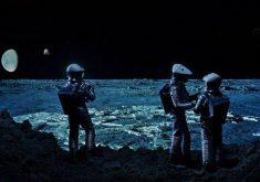 """معرفی 10 حقیقت پنهان درباره فیلم """"۲۰۰۱: ادیسه فضایی"""" (۲۰۰۱: A Space Odyssey)"""
